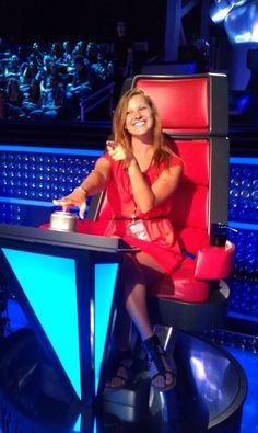 Kia Dream Seats winner checks out the Coach's Chair! #VoiceYourDreams