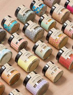 Studio Grau - Favourite Design Award - The Best Media Inspiration Studio Grau – Favourite Design – Worldwide Designers Awards ! Spices Packaging, Honey Packaging, Bakery Packaging, Cookie Packaging, Food Packaging Design, Bottle Packaging, Cosmetic Packaging, Packaging Design Inspiration, Brand Packaging