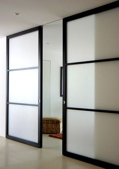 Raydoor.com S:Sliding Great for bathrooms, bedrooms, offices, pantries, closets and areas where narrow hallways restrict swing door movement. Each door uses a small surface mounted floor guide to help align and stabilize the door where it overlaps with the wall. Optional brackets and fascia trim available for wall mounting our standard track (barn door style).