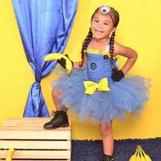 Pin for Later: These Are the Most Popular Kid Costumes of the Last 26 Years 2013 Minions (Despicable Me) Minion Party Theme, Minion Birthday, Girl Birthday, Birthday Parties, Halloween Bebes, Halloween Fun, Halloween Costumes, Minion Costumes, Tutu Costumes