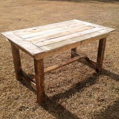 DIY Pallet Table   Pallet Furniture DIY