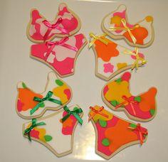 Hawaiian Bikini Cookies~ By Cookie Jan, Orange, pink Summer Cupcakes, Summer Cookies, Fancy Cookies, Bikini Cookies, Bikini Cake, Galletas Cookies, Cupcake Cookies, Hawaiian Print, Hawaiian Tropic