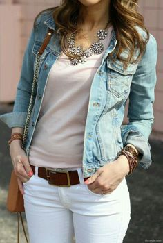 statement necklace (I will wear turquoise necklace instead), white jeans, blush tee, denim jacket. I will wear this to work today. Womens Fashion Casual Summer, Office Fashion Women, Fall Outfits, Casual Outfits, Cute Outfits, Work Outfits, Look Blazer, Looks Plus Size, Look Chic