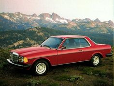 1976 Mercedes-Benz W123 Coupe - Press Photos The prettiest of the W123 models was the coupe, pictured here.