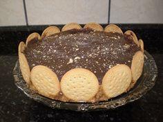Receita de Torta de bolacha com amendoim - Tudo Gostoso