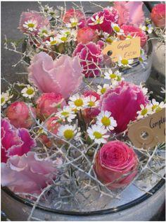 Deze bloemen zouden mooi staan in vaas Jean van #leenbakker