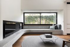 Residential Design shortlist for the 2018 Australian Interior Design Awards. Boutique Interior Design, Interior Design Awards, Modern Interior Design, Interior Architecture, Home Decor Bedroom, Home Living Room, Dyi, Contemporary Fireplace Designs, Bathroom Design Layout