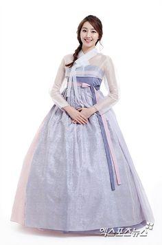 도희 한복, 고아라, 사희, 김세희 아나운서 한복 등등 설날 스타 한복 사진 영상 총집합! :: 크로스로드