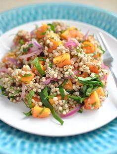 Een heerlijke, snelle & gezonde salade met pompoen en quinoa!