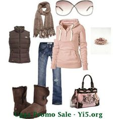 These are great winter outfits featuring many different styles of UGG Boots! So cute! Cyber Monday Ugg Boots