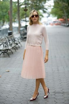 love this skirt, i'm not sure how I would style it.