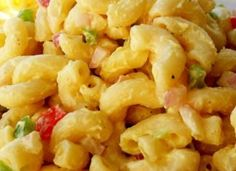A colorful and flavorful macaroni salad made with hard cooked eggs, bell pepper and celery in a creamy dressing. Best macaroni salad I have ever had. I always get many requests for recipe. Healthy Pasta Salad, Easy Pasta Salad Recipe, Salad Recipes Video, Healthy Recipes, Great Recipes, Vegetarian Recipes, Dinner Recipes, Cooking Recipes, Family Recipes
