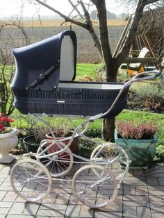 Knorr, Duitse kinderwagen uit de jaren 80 - €265.00 : Kinderwagen-Nostalgie.Com
