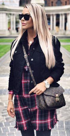 trendy fall outfit_jacket + bag + plaid dress