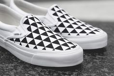 Swedish outlet Sneakersnstuff (SNS) and Vault by Vans team up to present a unique edition of the OG Classic Slip-On LX, entitled 'Stockholm'. Sneakers N Stuff, Vans Sneakers, Vans Shoes, Vanz, Nike Wallpaper, Vans Slip On, Custom Shoes, Autumn Winter Fashion, Designer Shoes