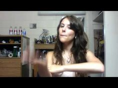 How to say I Love You in Sign Language (Lessons in Sign Language) ||| Be Like Water