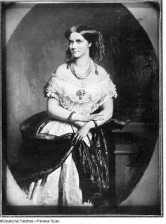 Queen Carola of Saxony Womens Health Care, Most Beautiful, Daughter, Queen, Painting, Vintage, Royals, Big Sizes, Vestidos
