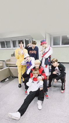 G lay Y ld r m Vlive Bts, Bts Bangtan Boy, Billboard Music Awards, Foto Bts, Bts Memes, K Pop, Fanmeeting Bts, Frases Bts, Bts Group Photos