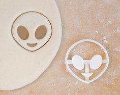 Alien Emoji Cookie Cutter Cute Iphone Android ET Pop by RochaixCo