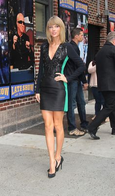 She's becomingly increasingly Barbie-esque, but the dress is cute. (Taylor Swift in Antonio Berardi)