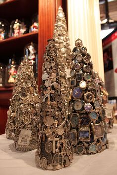 Roger's Gardens' The Magic of Christmas Boutique opens every year on October It is spectacular. Shabby Chic Christmas, Vintage Christmas, Christmas Holidays, Christmas Decorations, Christmas Ornaments, Jeweled Christmas Trees, Xmas Trees, Jewelry Tree, Diy Jewelry