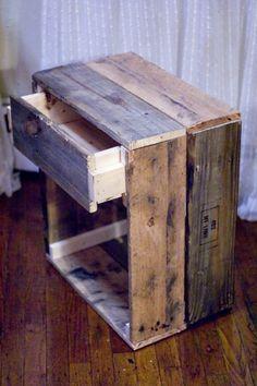 Image of: wood furniture blueprints reclaimed wood diy pallet furniture projects wood furniture diy the Reclaimed Wood Side Table, Reclaimed Wood Furniture, Pallet Furniture, Furniture Projects, Rustic Furniture, Wood Projects, Woodworking Projects, Kids Woodworking, Salvaged Wood
