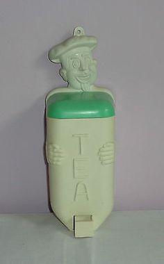 VINTAGE/RETRO PLASTIC/BAKELITE KITCHEN CHEF TEA DISPENSER/CANISTER CREAM & GREEN