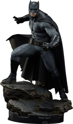 Batman v Superman Batman Premium Format Figure