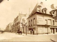 L'Hôtel de Nesmond au n° 55 du quai de la Tournelle, avec la rue des Bernardins à droite, vers 1902-1903. Une photo d'Eugène Atget / © BnF  (Paris 5ème)