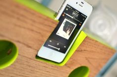 DIY Plans: Make Your Own Wooden iPhone Amplifier — Red Bird Blue + Woodwork City
