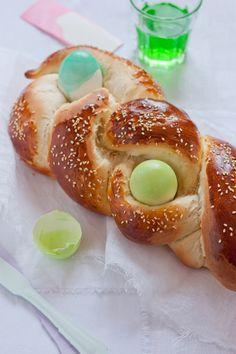 Tcheurek - Brioche de pâques avec épice mahleb ou mahlab intrigante!