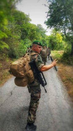 Légion Étrangère Française Any informations about this pictures? Please make a comment... Des informations à propos de cette image ? Faites un commentaire s'il vous plaît...