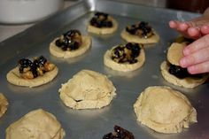 Like most people, I'm not a huge fan of raisins. But, like most people, I LOVE these cookies. It's more than just the sentimental . Cookie Recipes, Snack Recipes, Dessert Recipes, Snacks, Desserts, Bar Recipes, Raisin Filled Cookie Recipe, Mincemeat Cookies, Big Cookie
