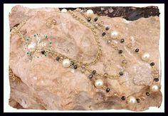 Collar con perlas y cristales