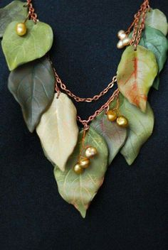 Green Leaf Necklace ~ Polymer Clay & Pearls ....