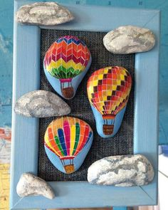 Painted Rock Ideas Ideas that will inspire you to start creating! Don't be intimidated by all the rocks you see. Rock Painting ideas are perfect for beginners! Pebble Painting, Pebble Art, Stone Painting, Balloon Painting, Dot Painting, Stone Crafts, Rock Crafts, Hobbies And Crafts, Diy And Crafts
