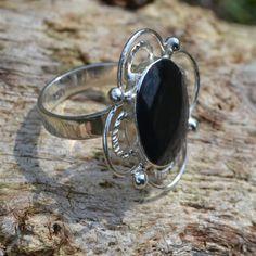 Unieke zilveren ring met een prachtige onyx. Vintage look Gratis verzending binnen NL