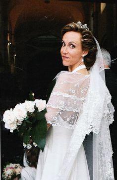 Anna-Cécilia de Bourbon Deux-Siciles jour de son mariage avec Rodolphe de Cousans (sept 2005)