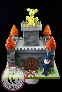 Dragon Guarded Castle Cake! Windsor Craft