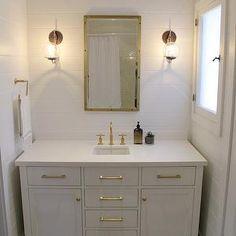 Amber Interiors - bathrooms - caesarstone pure white, caesarstone quartz, caesarstone quartz countertops, pure white quartz, pure white quar...