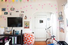 House Tour: A Playful, Happy Rental in Echo Park | Apartment Therapy