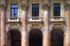 Andrea Palladio: Palazzo del Capitaniato, designed in 1565, partially built 1571-72, Vicenza, Italy