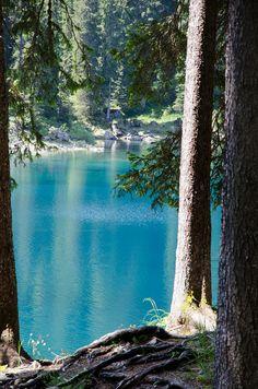 Dolomiti, Italy. Lago di Carezza