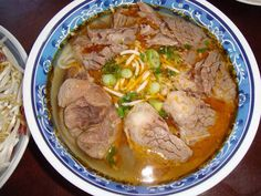 Bún Bò Huế (Huế style beef w noodle soup) will be my breakfast