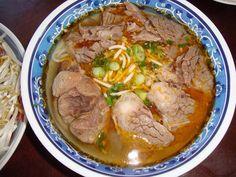 Bún Bò Huế (Huế style beef w noodle soup) will be my breakfast