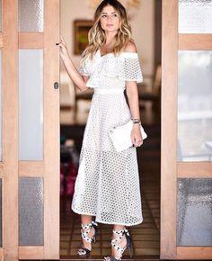 "fafb389d0 La Vetrina - Por Larissa Dutra on Instagram  ""Apaixonada por este vestido   skazioficial usado por  thassianaves ✨✨✨✨é muita riqueza!!!"