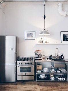 Famous reversed apartment kitchen remodel hop over to this site Industrial Kitchen Design, Interior Design Kitchen, Vintage Industrial, Home Design, The Line Apartment, Apartment Kitchen Organization, Cuisines Design, Kitchen Layout, Bakery Kitchen