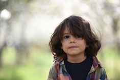 Layered Haircuts for Long Hair for Children In 2020 20 Hip toddler Hairstyles Inspiration for Boys Haircuts For Long Hair With Layers, Medium Length Hair Cuts With Layers, Long Layered Haircuts, Try On Hairstyles, Baby Girl Hairstyles, Girl Haircuts, Toddler Hairstyles, Back To School Haircuts, Toddler Boy Haircuts