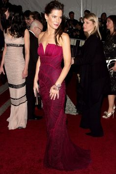 Fab Five: Sandra Bullock's Best Red-Carpet Moments | The Zoe Report