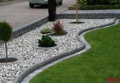 49 Popular Modern Front Yard Landscaping Ideas - All About Garden Landscaping With Rocks, Modern Landscaping, Front Yard Landscaping, Backyard Landscaping, Landscaping Ideas, Mulch Ideas, Natural Landscaping, Gardening With Rocks, Backyard Ideas